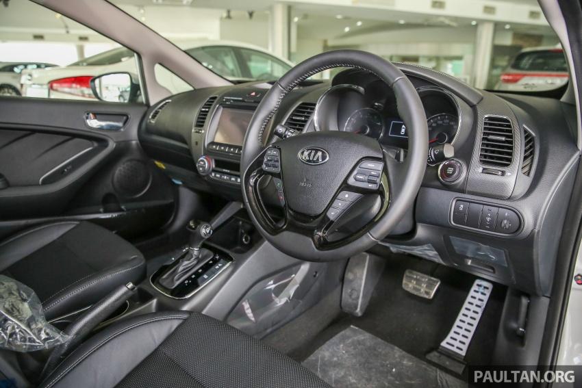 Kia Cerato facelift now in showrooms – KX, 1.6L, 2.0L Image #572838