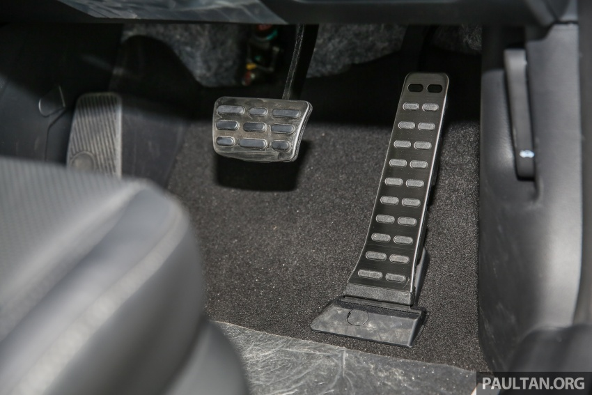 Kia Cerato facelift now in showrooms – KX, 1.6L, 2.0L Image #572857