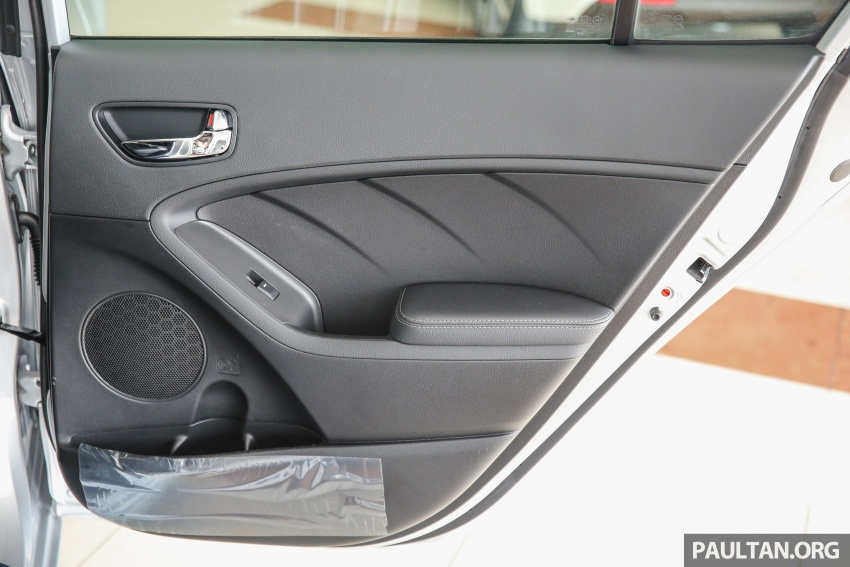 Kia Cerato facelift now in showrooms – KX, 1.6L, 2.0L Image #572860