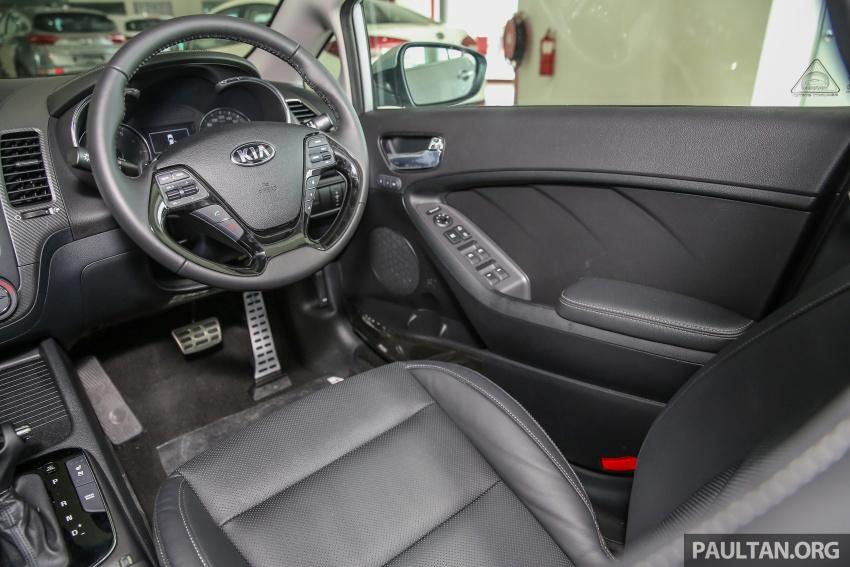 Kia Cerato facelift now in showrooms – KX, 1.6L, 2.0L Image #572864