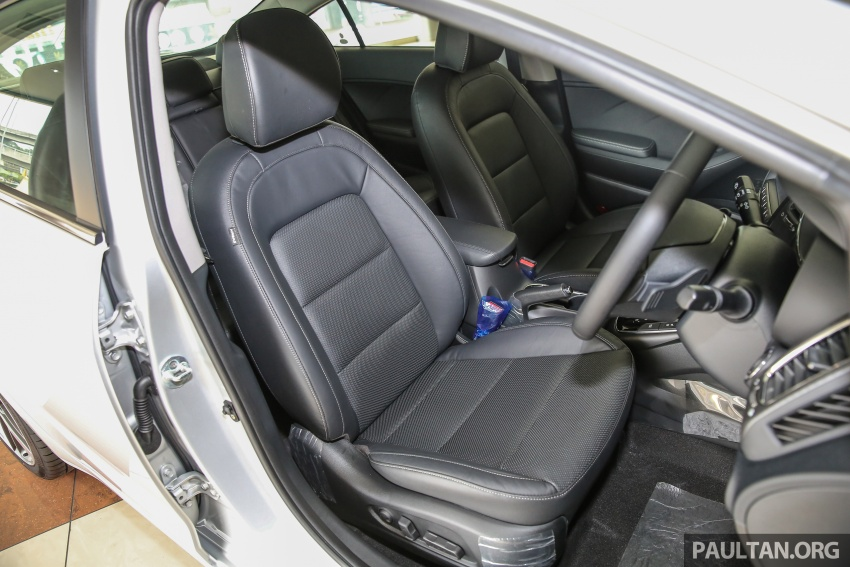 Kia Cerato facelift now in showrooms – KX, 1.6L, 2.0L Image #572868