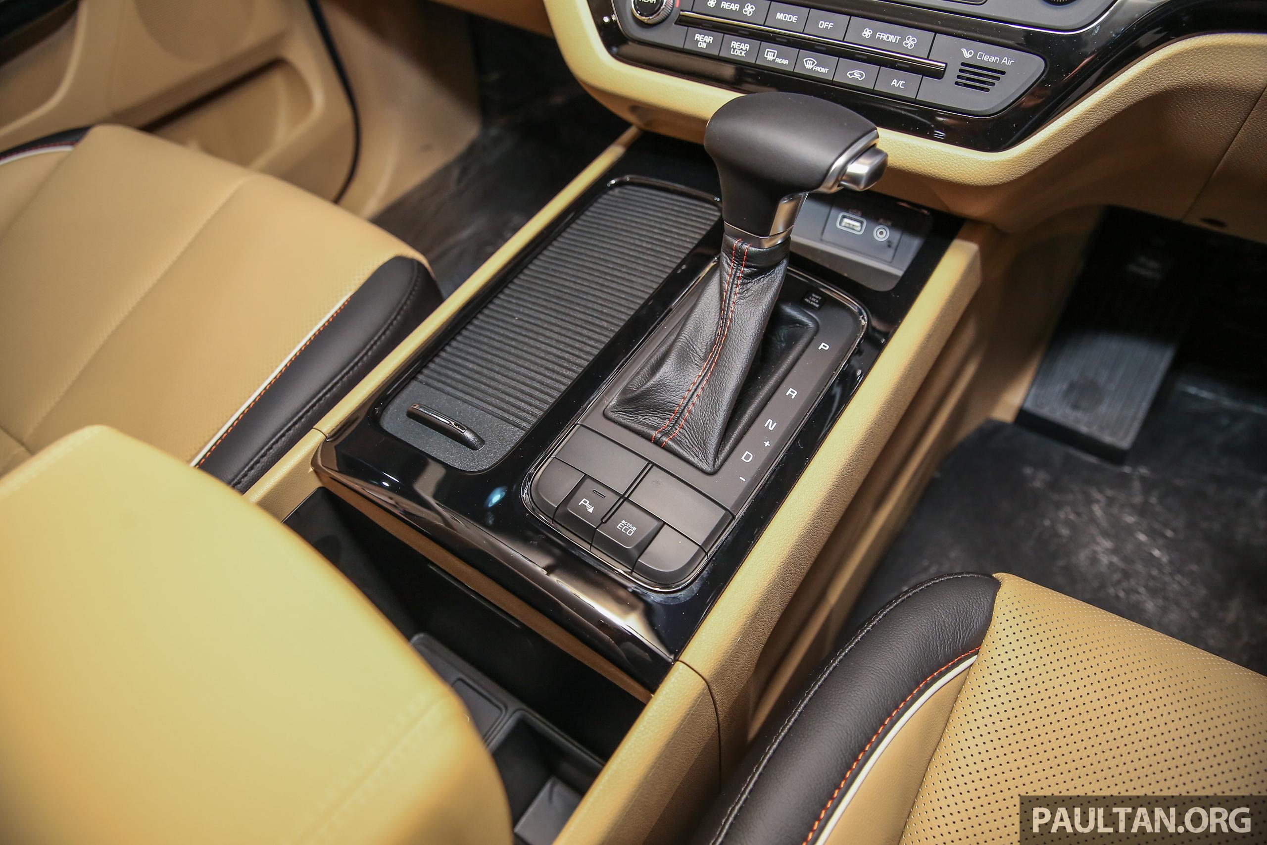Kia Grand Carnival – model diesel 2.2 CRDI untuk pasaran ...