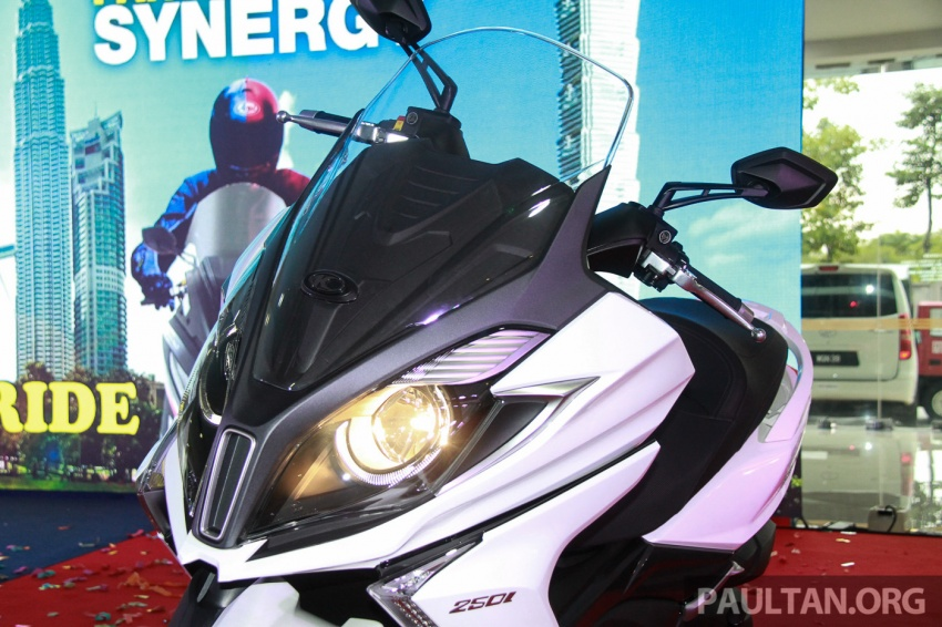 Modenas Karisma 125, Elegan 250 dan Downtown 250i dilancar – tiga skuter hasil kerjasama dengan Kymco Image #584791