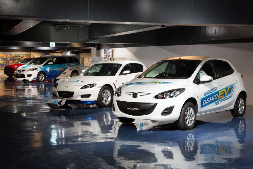 Mazda plans to introduce electric vehicles by 2019 Image #581440