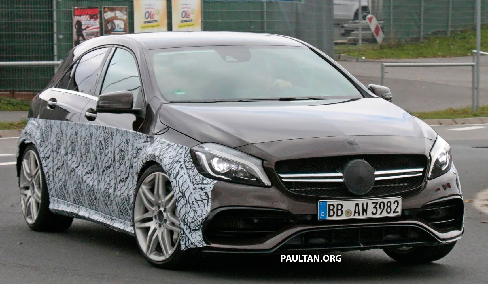 spyshots mercedes amg a45 r spotted testing. Black Bedroom Furniture Sets. Home Design Ideas