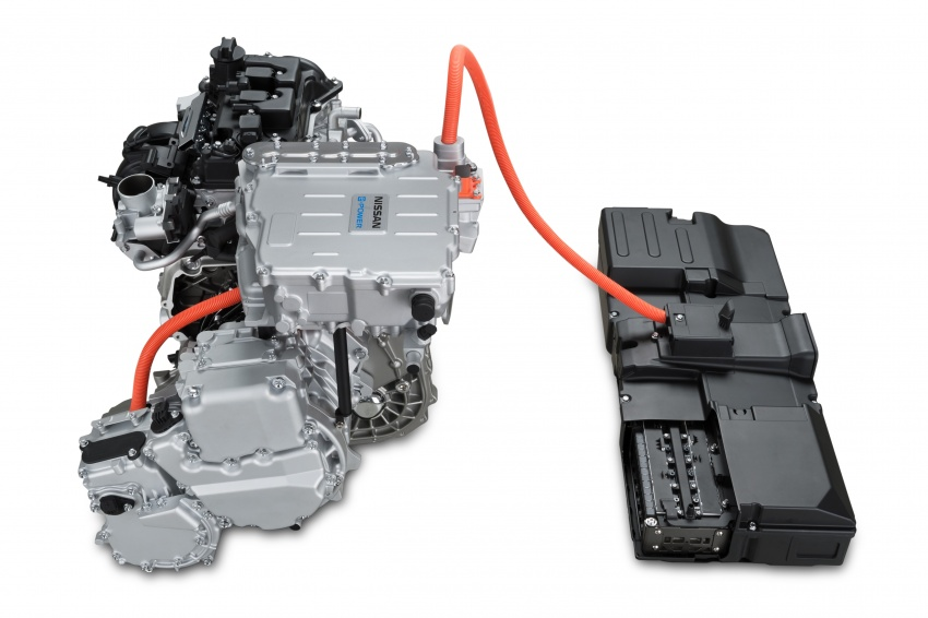 Nissan Note e-Power detailed – range extender hybrid without plug-in socket, 1.2L engine, 37.2 km per litre Image #574205