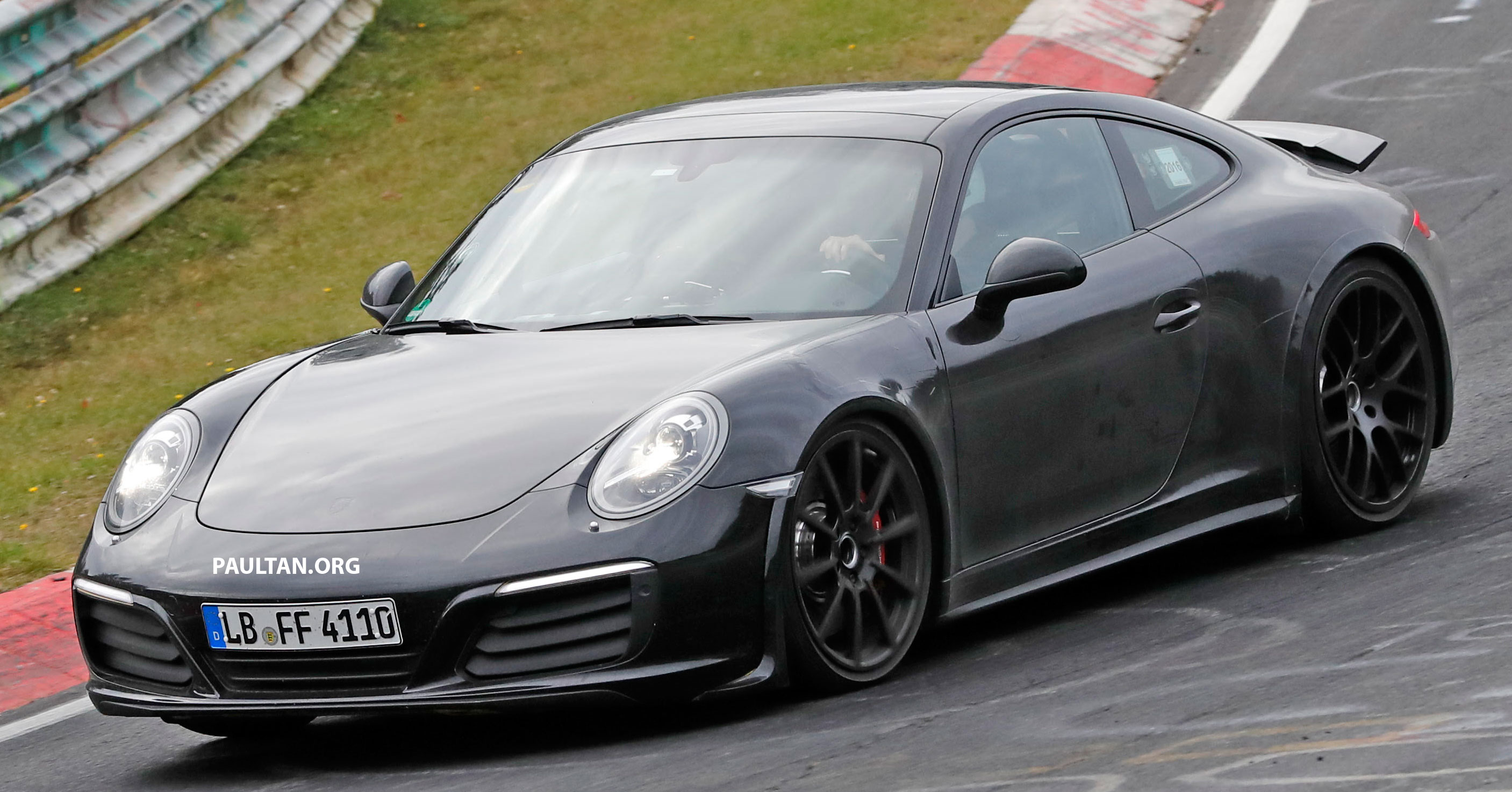 Spied Next Gen Porsche 911 Seen In 991 Clothes Paul Tan
