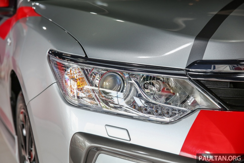 GALLERY: New Toyota Camry 2.0G X shown at Mitsui Image #584957
