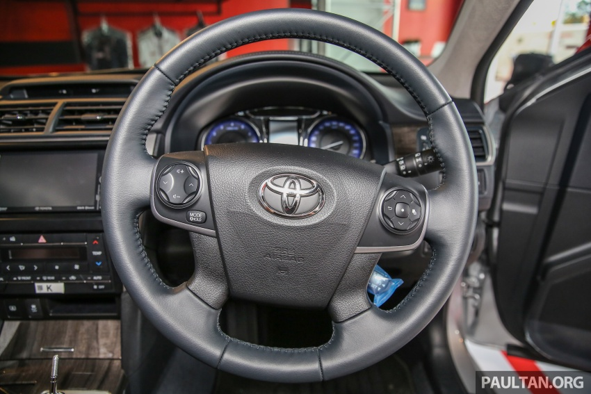 GALLERY: New Toyota Camry 2.0G X shown at Mitsui Image #584976