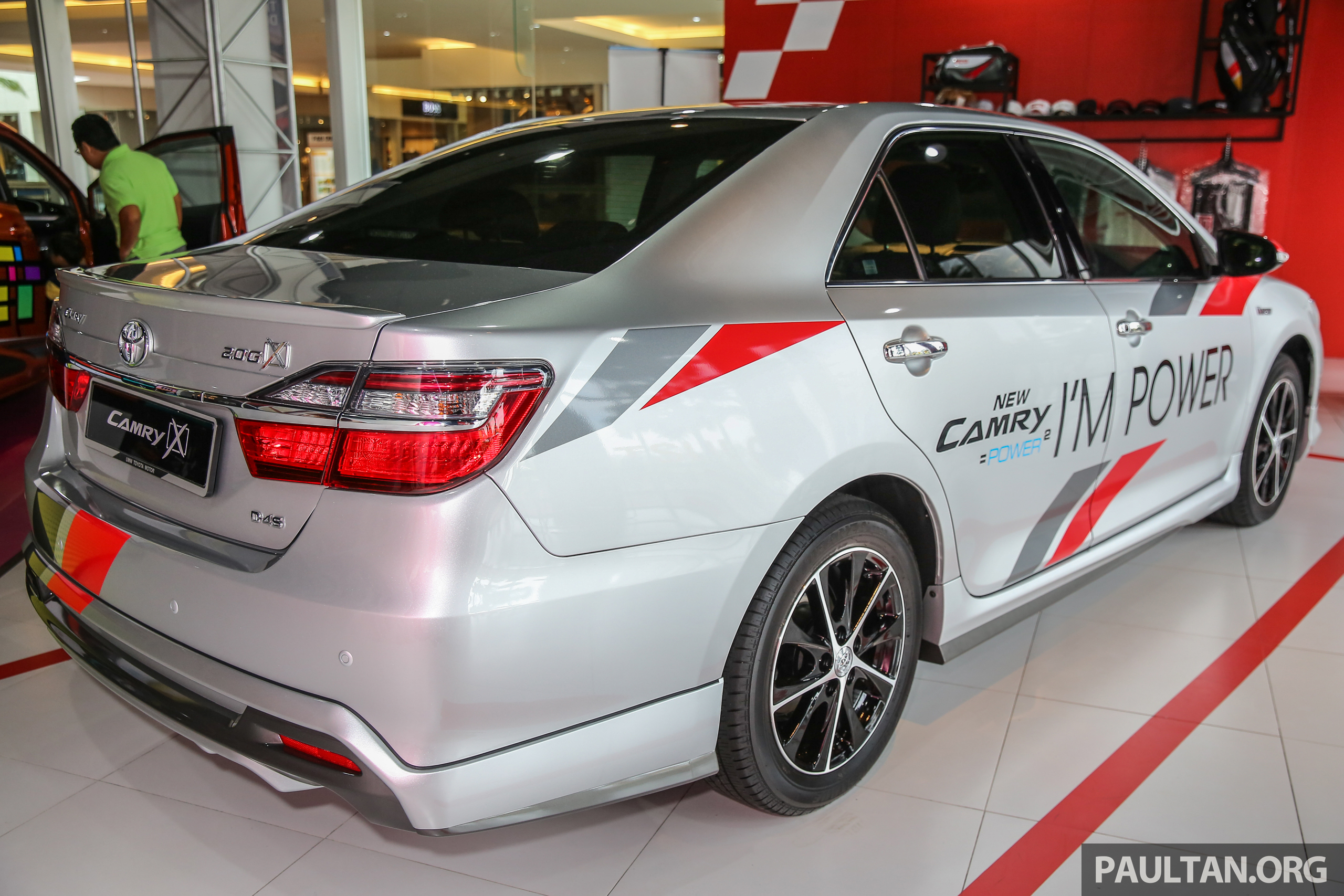 Gallery New Toyota Camry 2 0g X Shown At Mitsui Image 584948