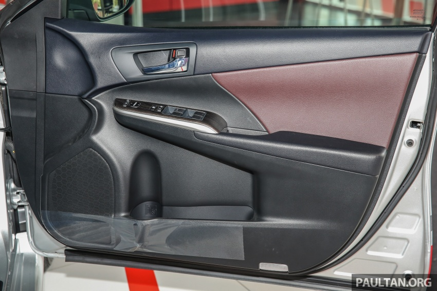 GALLERY: New Toyota Camry 2.0G X shown at Mitsui Image #584988