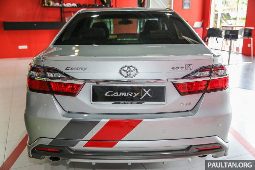GALLERY: New Toyota Camry 2.0G X shown at Mitsui Image #584952