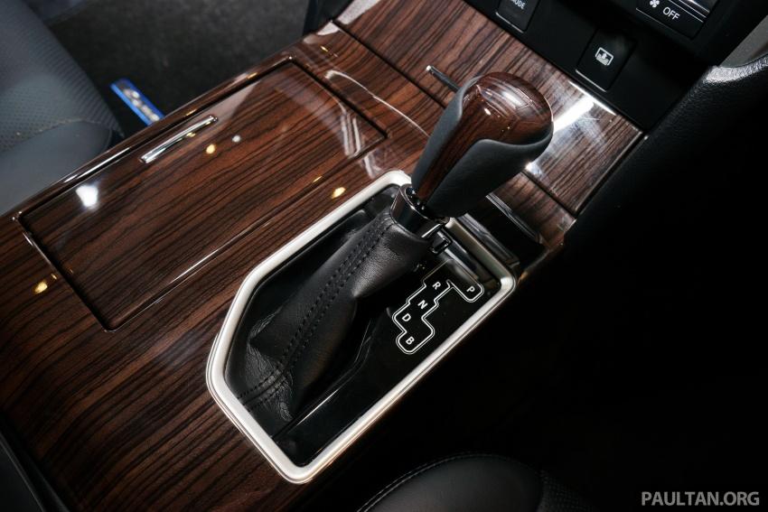 GALLERY: New Toyota Camry Hybrid Luxury variant Image #586168