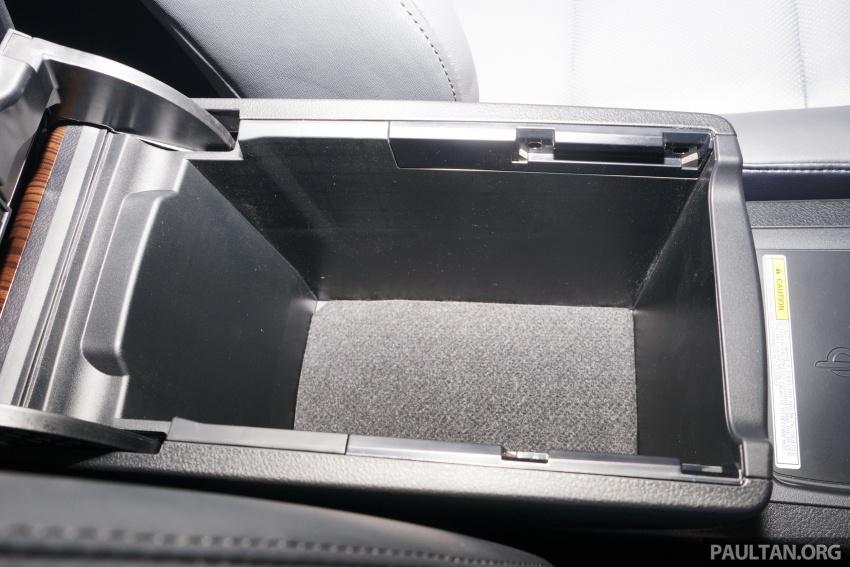 GALLERY: New Toyota Camry Hybrid Luxury variant Image #586170