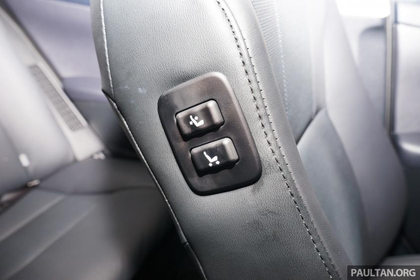 GALLERY: New Toyota Camry Hybrid Luxury variant Image #586173