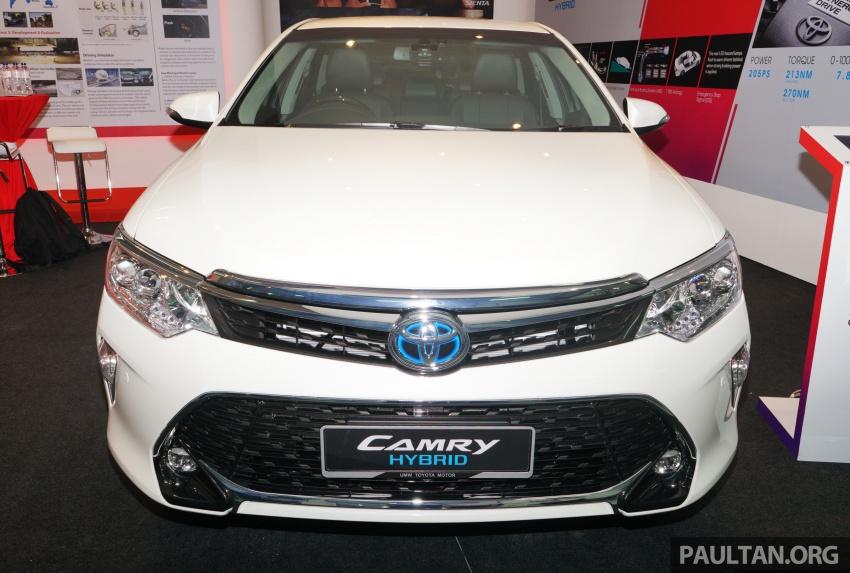 GALLERY: New Toyota Camry Hybrid Luxury variant Image #586134