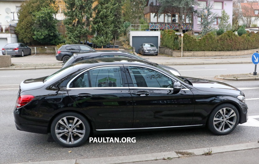 SPIED: W205 Mercedes C-Class facelift – interior seen Image #585283