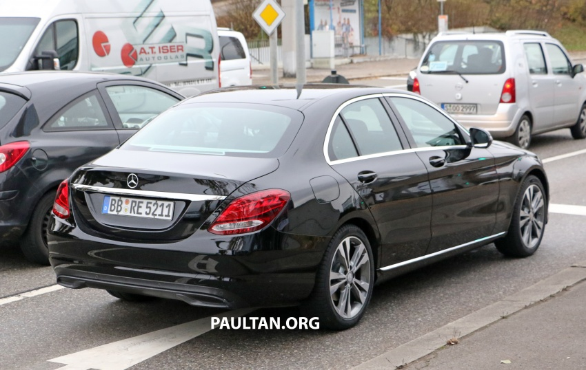 SPIED: W205 Mercedes C-Class facelift – interior seen Image #585285