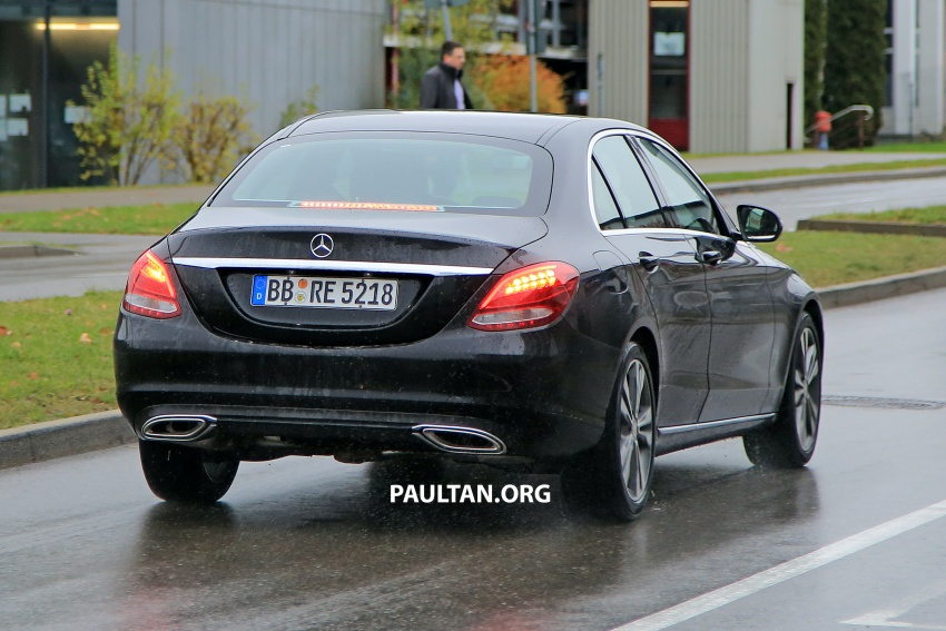 SPIED: W205 Mercedes C-Class facelift – interior seen Image #585294