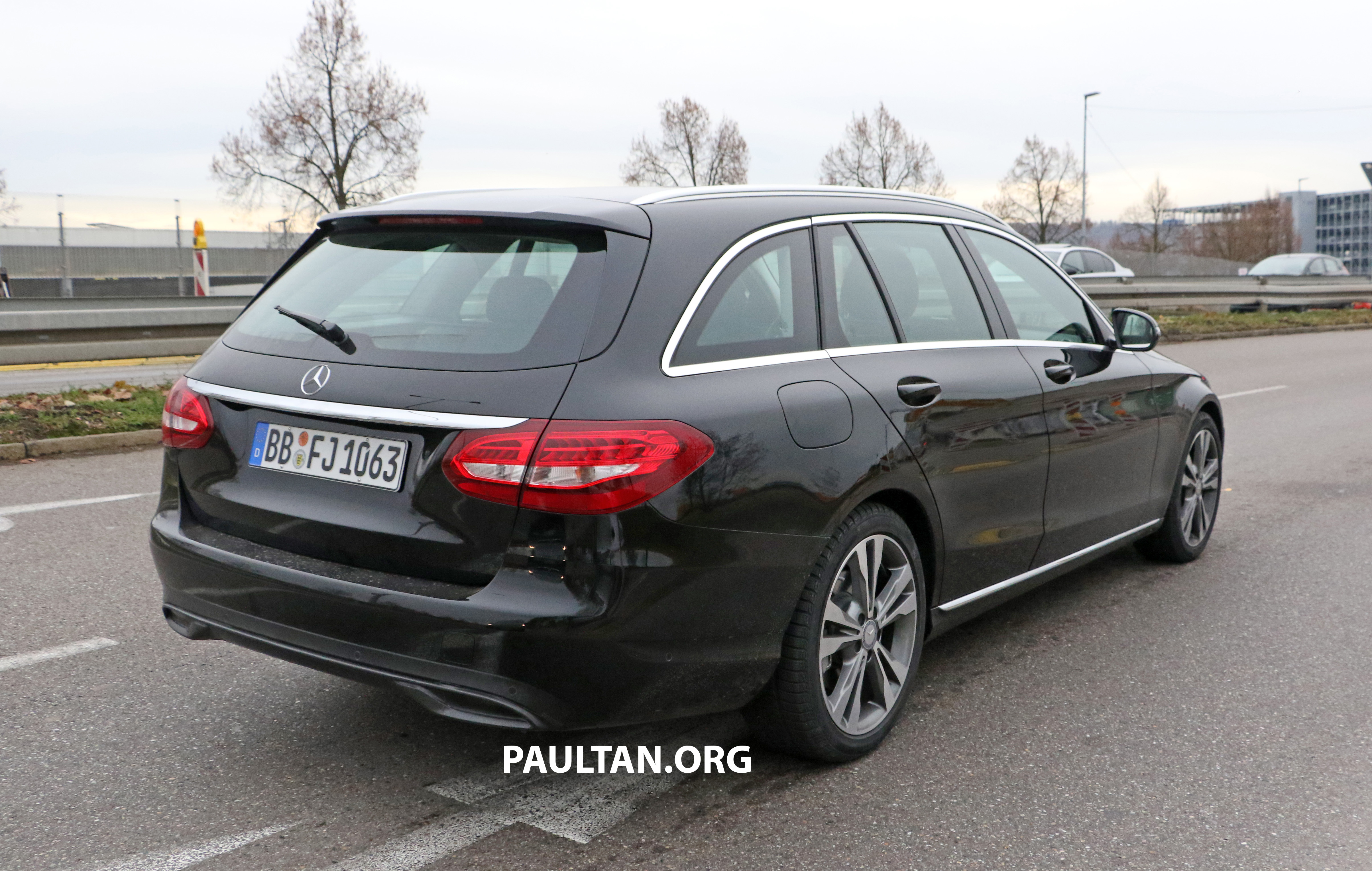 SPIED: W205 Mercedes C-Class facelift – interior seen Paul ...