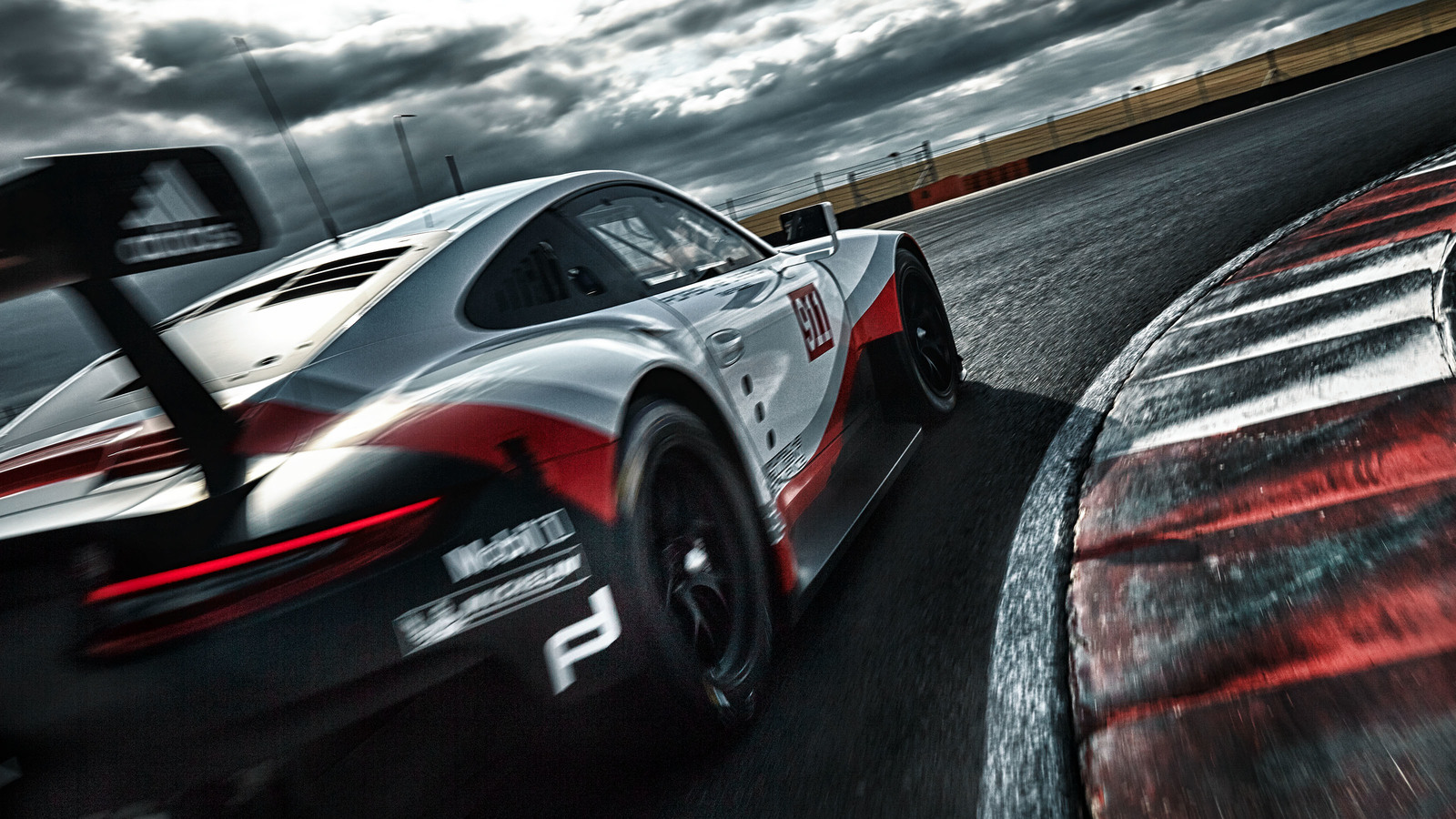 2017 Porsche 911 Rsr Race Car Is Now Mid Engined Image