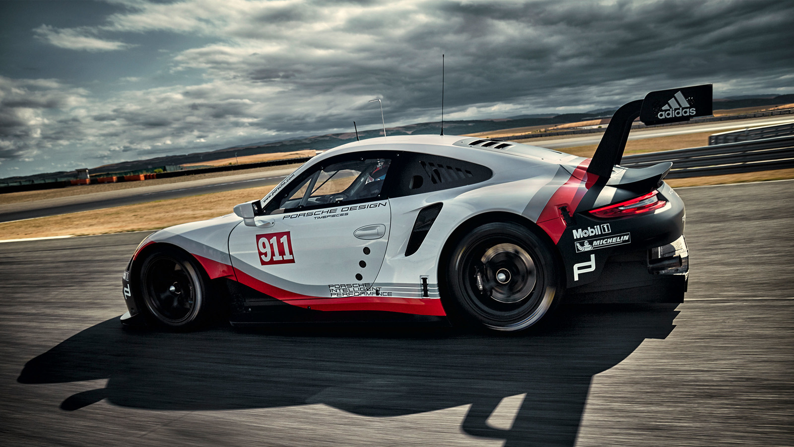2017 Porsche 911 Rsr Race Car Is Now Mid Engined Paul