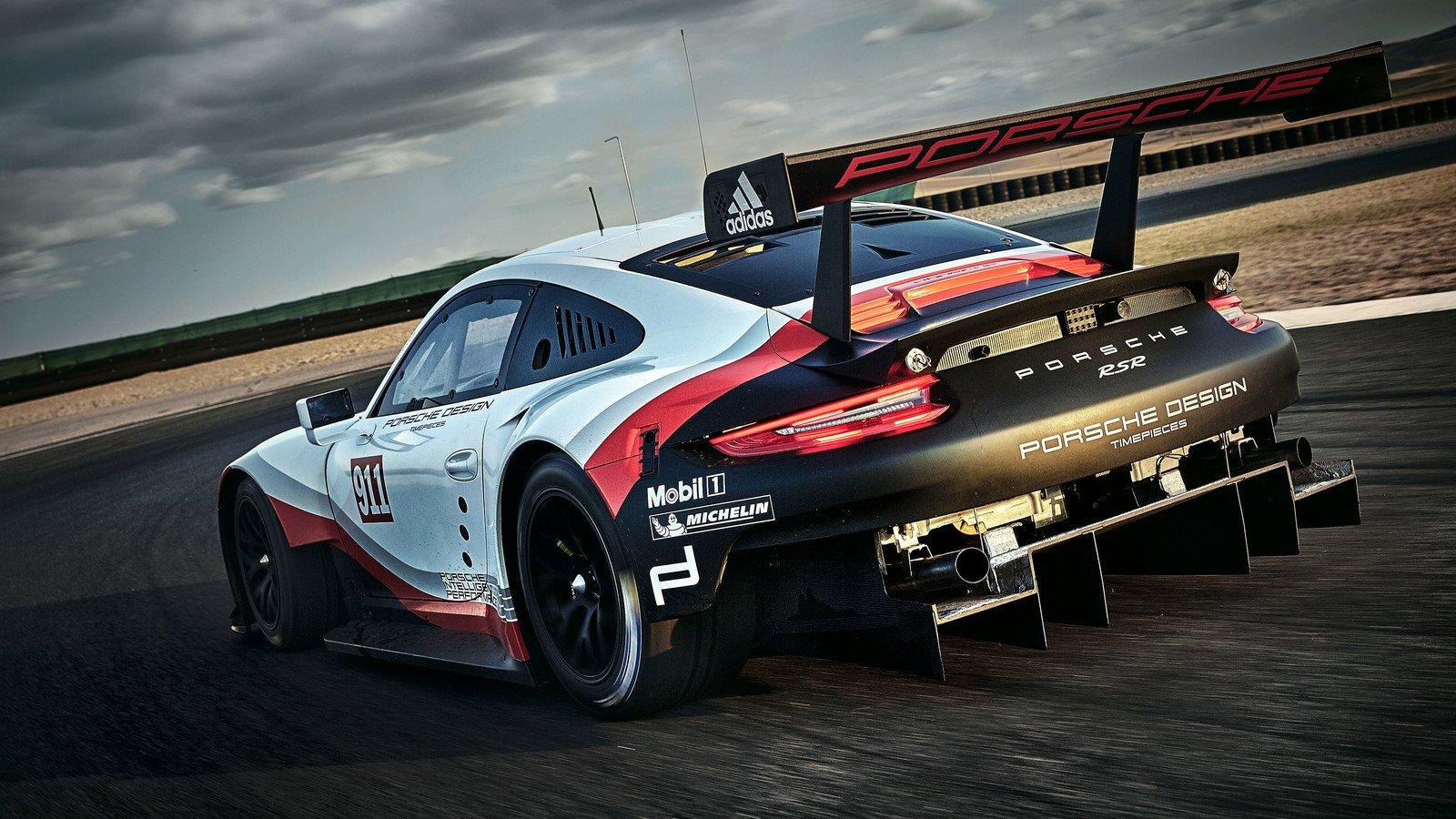 2017 porsche 911 rsr race car is now mid engined image 580799. Black Bedroom Furniture Sets. Home Design Ideas