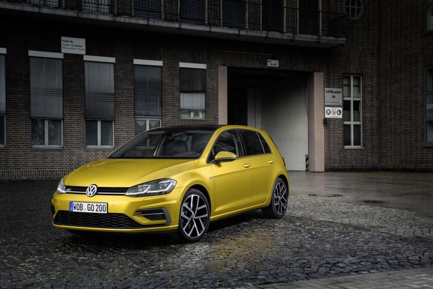 Volkswagen Golf facelift unveiled – Mk7 gets revamped Image #577664
