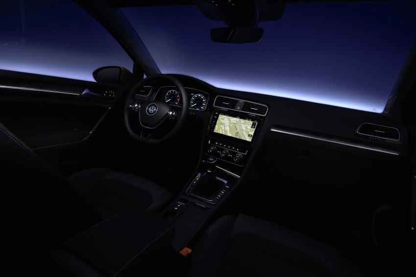Volkswagen Golf facelift unveiled – Mk7 gets revamped Image #577669