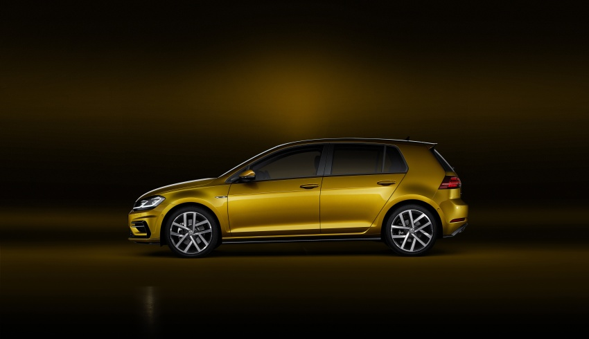 Volkswagen Golf facelift unveiled – Mk7 gets revamped Image #577679