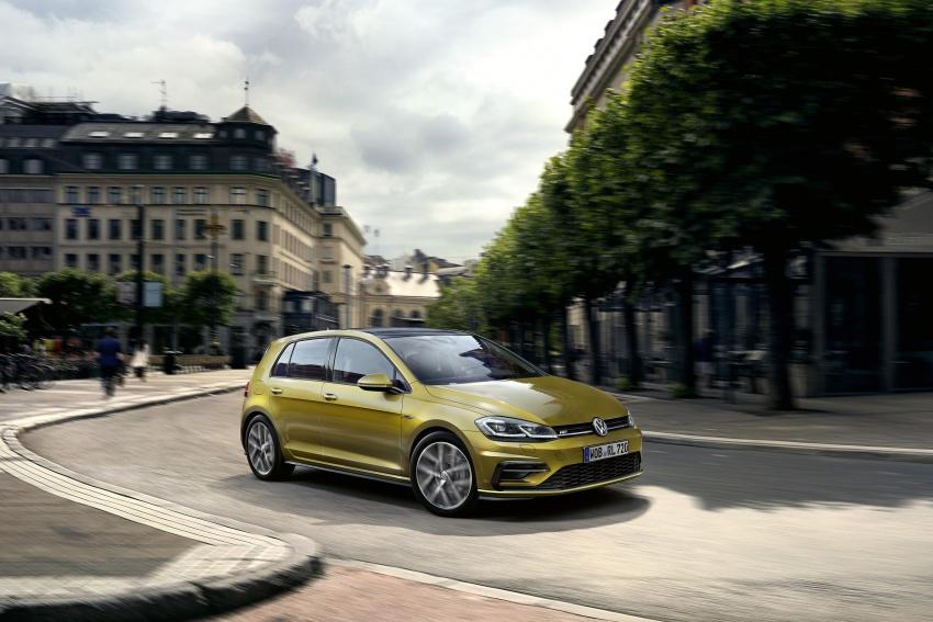 Volkswagen Golf facelift unveiled – Mk7 gets revamped Image #577686