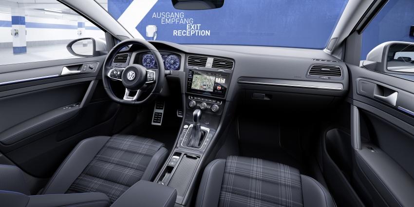 Volkswagen Golf facelift unveiled – Mk7 gets revamped Image #577701