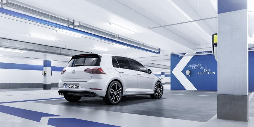 Volkswagen Golf facelift unveiled – Mk7 gets revamped Image #577703