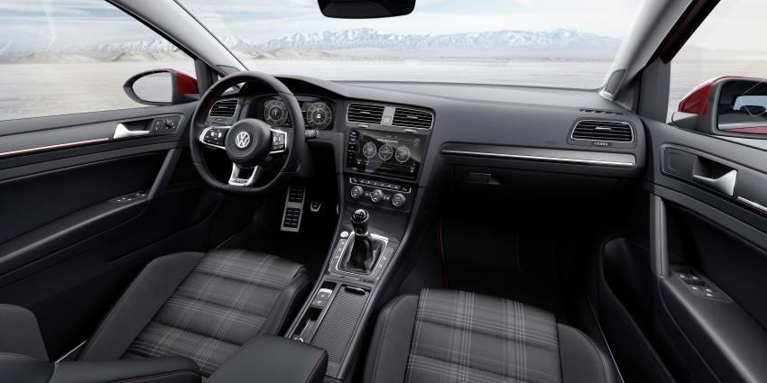 Volkswagen Golf facelift unveiled – Mk7 gets revamped Image #577694