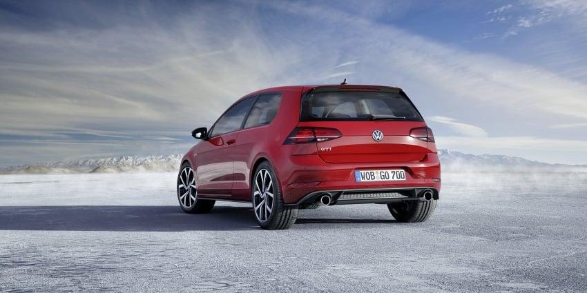 Volkswagen Golf facelift unveiled – Mk7 gets revamped Image #577697