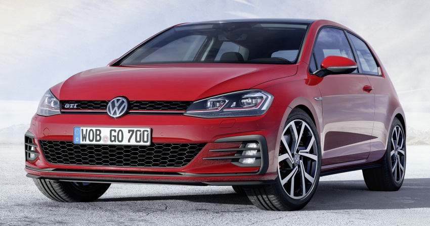 Volkswagen Golf facelift unveiled – Mk7 gets revamped Image #577698
