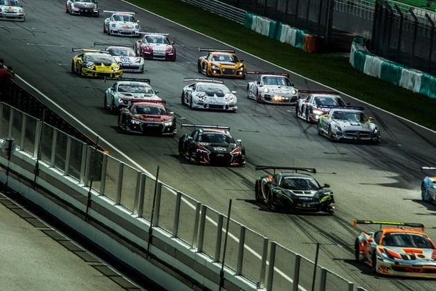 2015-main-race-start