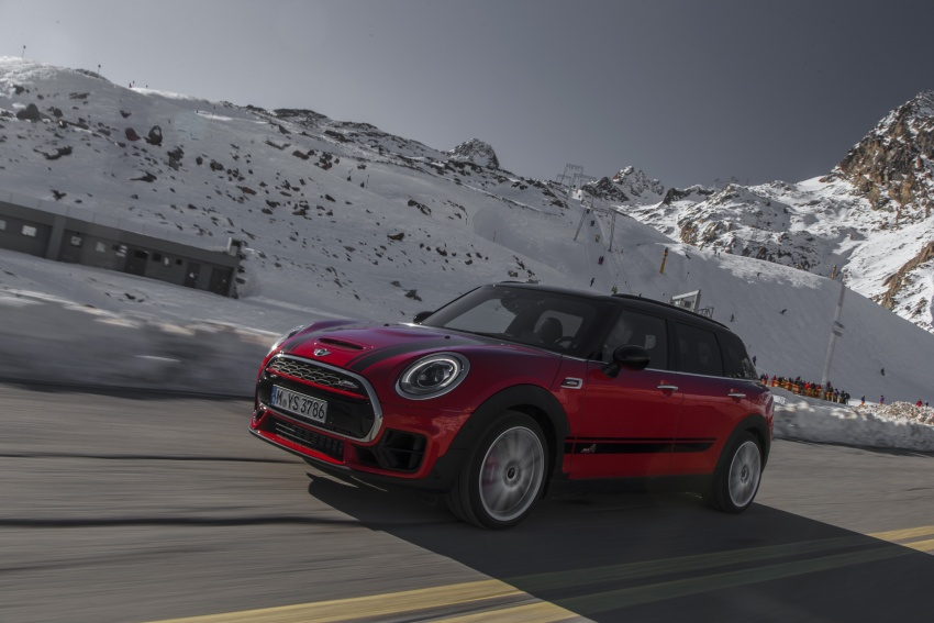 GALLERY: MINI John Cooper Works Clubman shown Image #592536