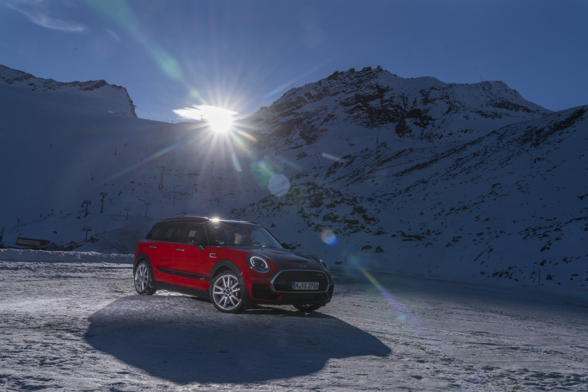 GALLERY: MINI John Cooper Works Clubman shown Image #592553