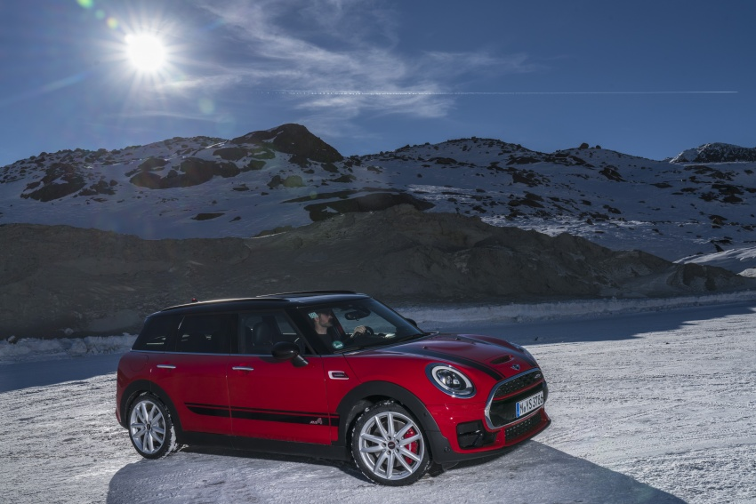 GALLERY: MINI John Cooper Works Clubman shown Image #592558