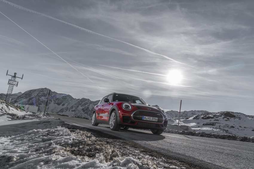 GALLERY: MINI John Cooper Works Clubman shown Image #592521