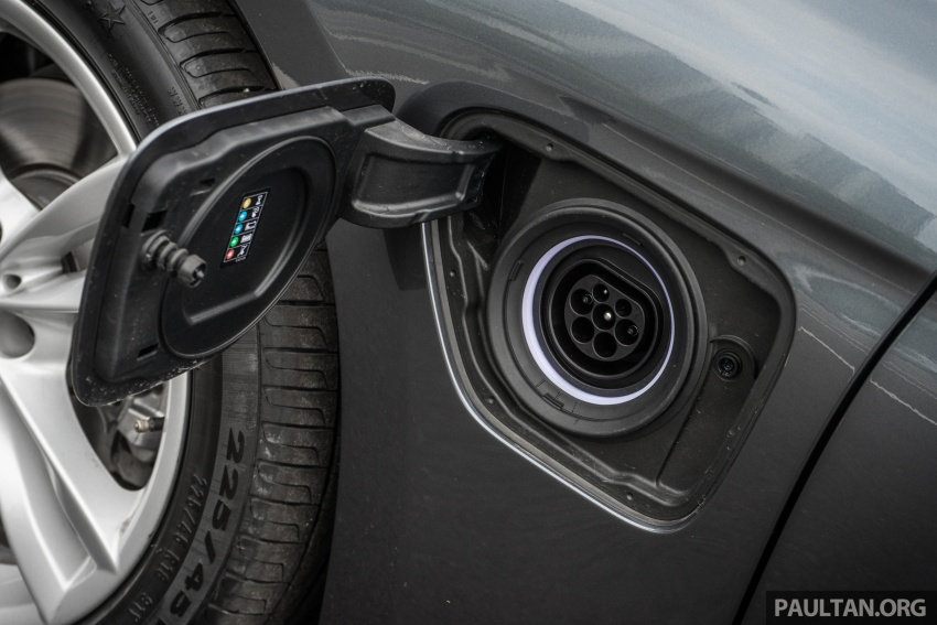 DRIVEN: BMW 330e – it's the future, but with a catch Image #588298