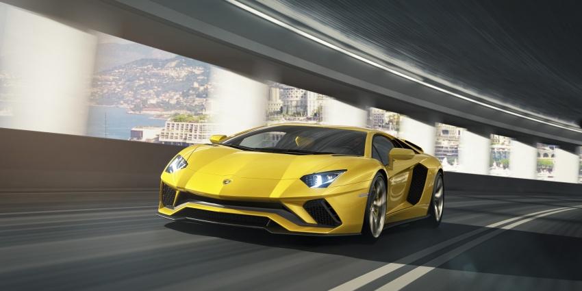 Lamborghini Aventador S – SV styling, more power Image #593378
