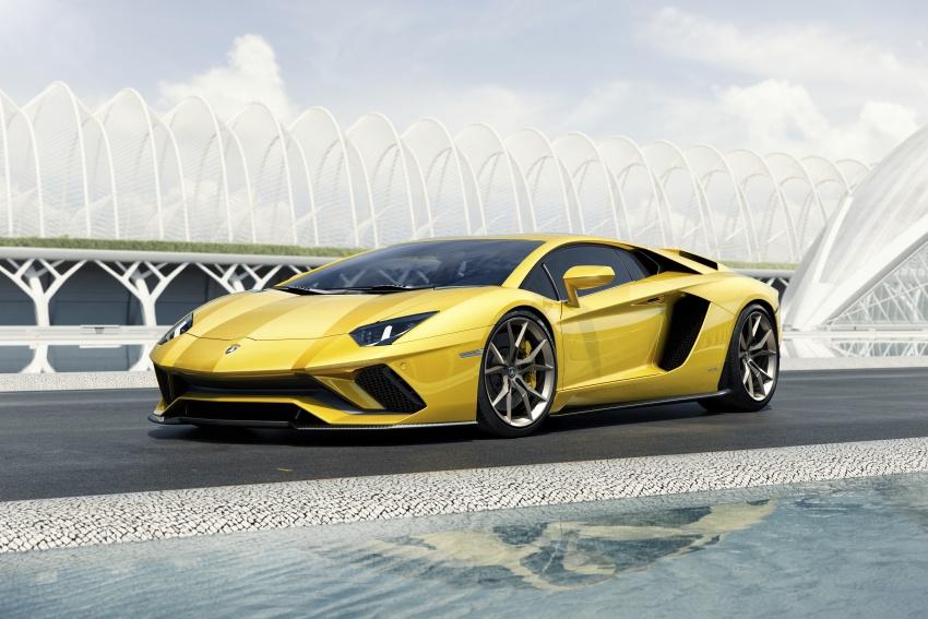 Lamborghini Aventador S – SV styling, more power Image #593380