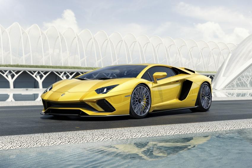 Lamborghini Aventador S – SV styling, more power Image #593381