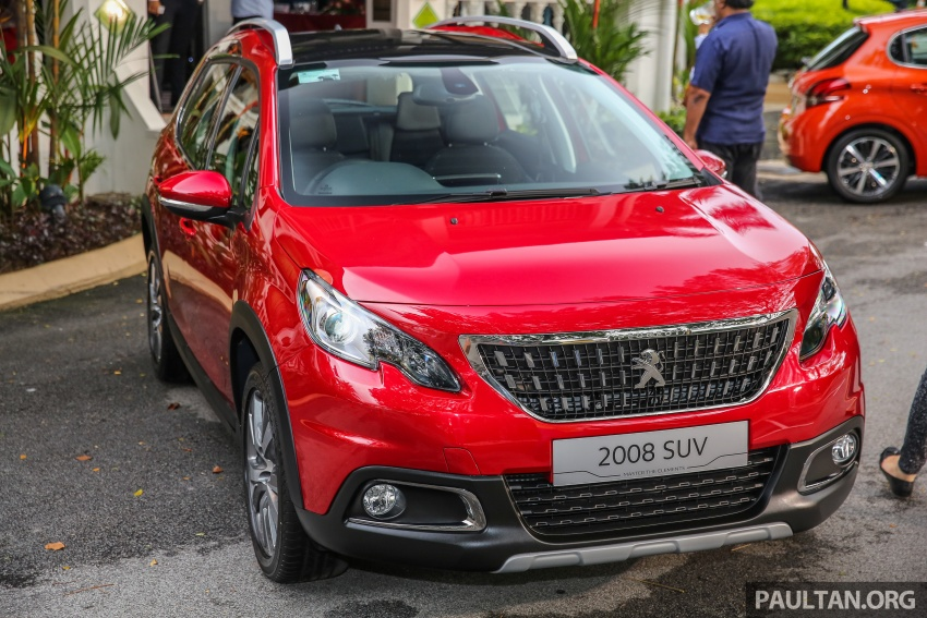 GALLERY: Peugeot 208 and 2008 facelifts on display Image #591698