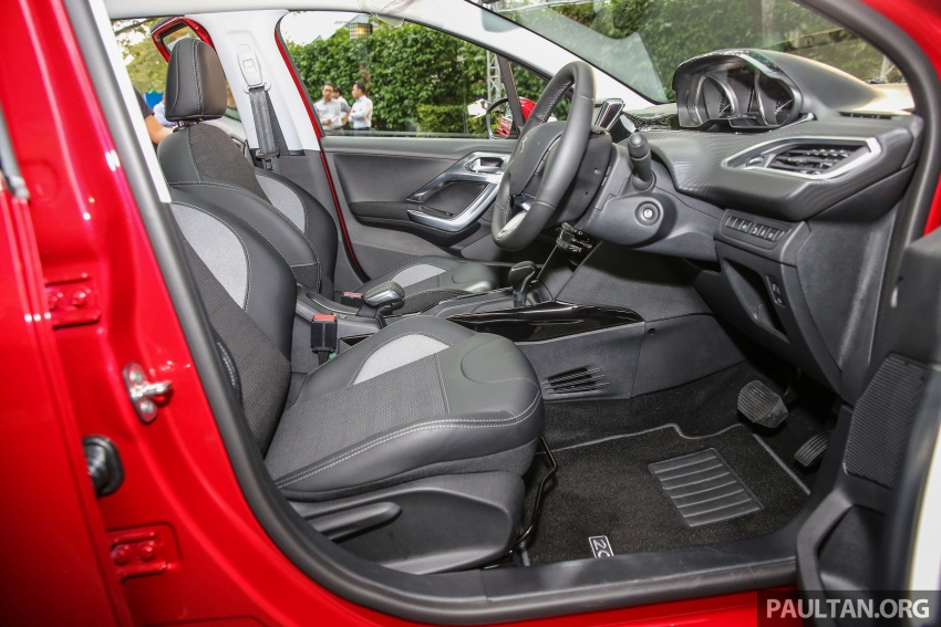 GALERI: Peugeot 208, 2008 facelift dipertontonkan Image #591793