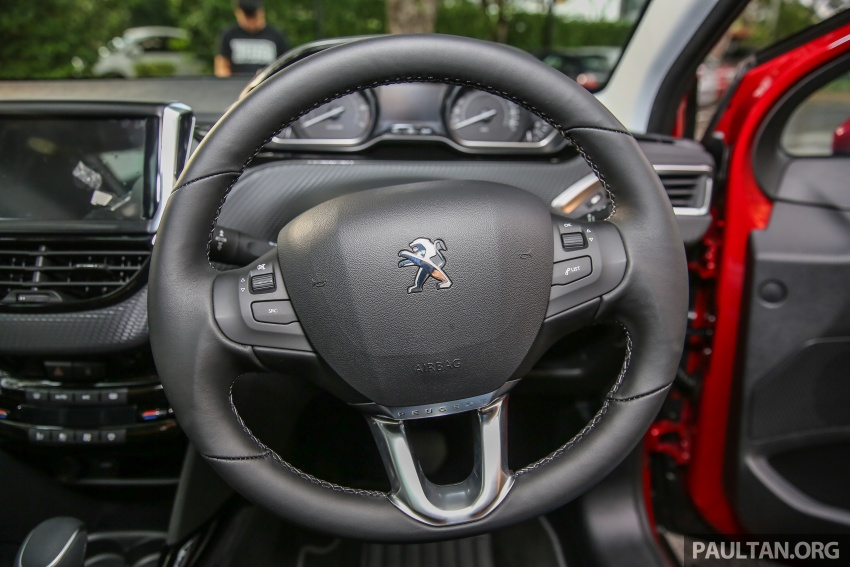 GALERI: Peugeot 208, 2008 facelift dipertontonkan Image #591754
