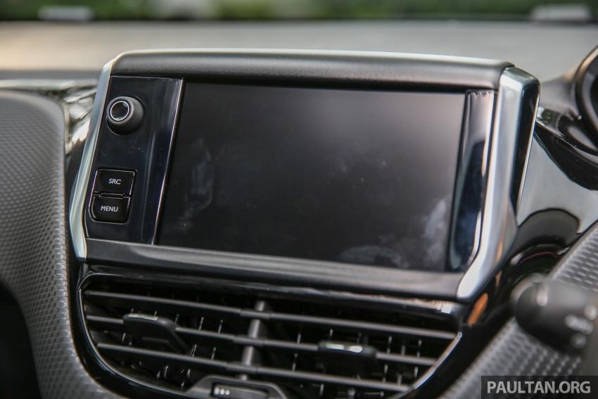 GALERI: Peugeot 208, 2008 facelift dipertontonkan Image #591760
