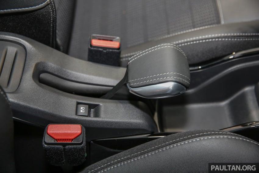 GALERI: Peugeot 208, 2008 facelift dipertontonkan Image #591767